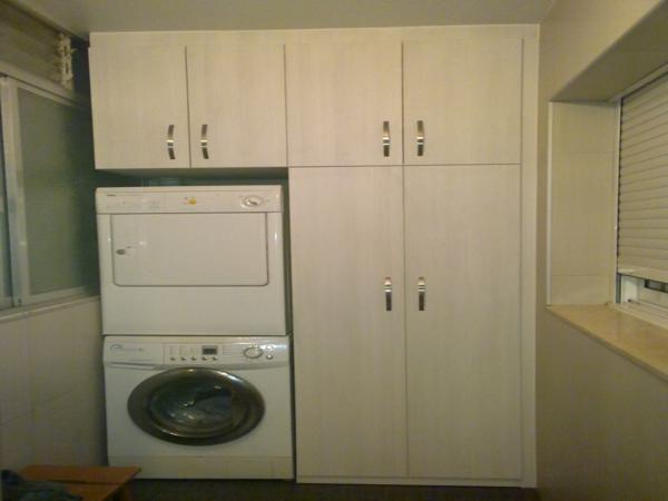 Mueble de galeria blanco elche alicante carpinterias  Carpintería