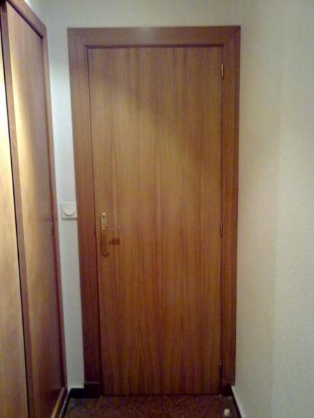 Puertas de roble abatibles interior carpinteros elche - Medidas puertas interior ...