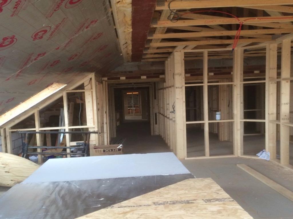 Carpinteros La Foia muebles de cocina parquet tarimas flotantes puertas blindadas y acorazadas armarios vestidores a medida