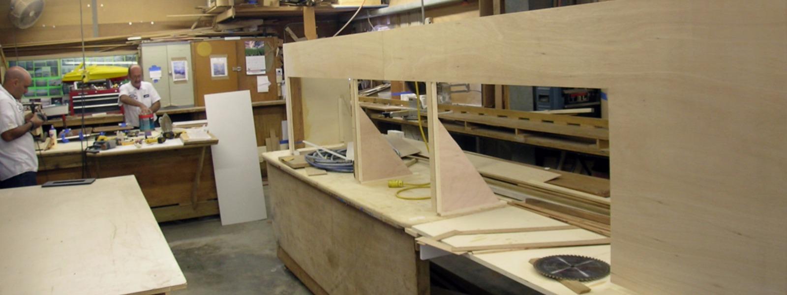 Carpinteros El Altet muebles de cocina   parquets tarima flotante puertas blindadas  de interior muebles vestidores a medida