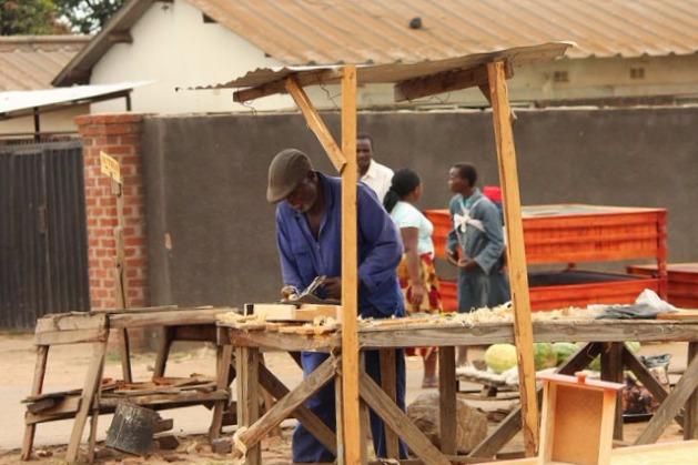 Carpinteros Rojales cocinas modernas   parquets tarimas flotantes puertas blindadas y acorazadas armarios vestidores a medida
