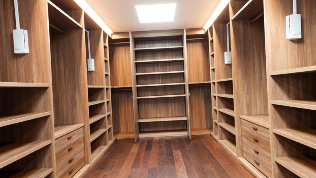 Carpinteros Agost cocinas modernas  parquet tarima flotante puertas blindadas y acorazadas armarios vestidores a medida