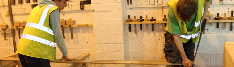 Carpinteros Perleta cocinas   parquet tarima flotante puertas blindadas y acorazadas muebles vestidores