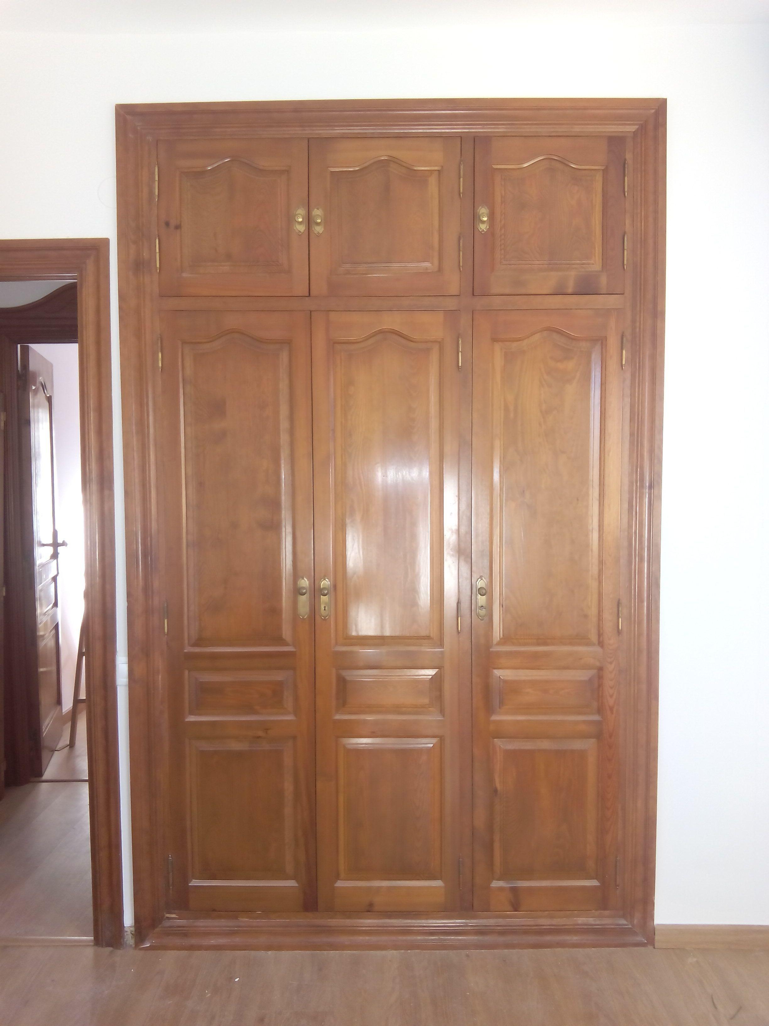 Armarios empotrados - Armarios con puertas abatibles ...